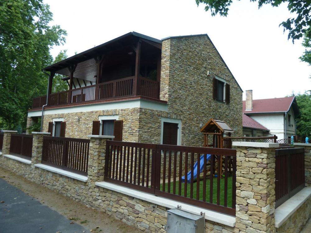 Siófok, Glatz Henrik utca, családi ház építése