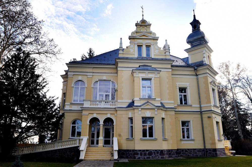 Restoration of the Thanhoffer Villa in Siófok