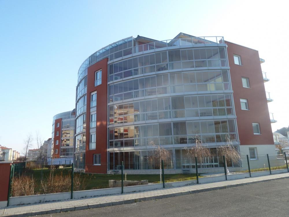Siófok CEMINVEST Kft. Szállodaépület építése